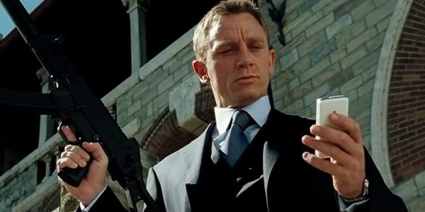 10 Years of CASINO ROYALE: The Girl On The Train