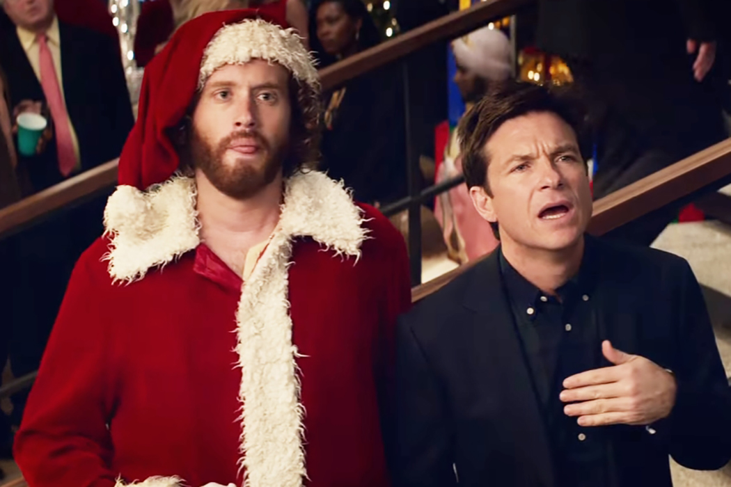OFFICE CHRISTMAS PARTY: Lowers The Stoner Christmas Movie Bar