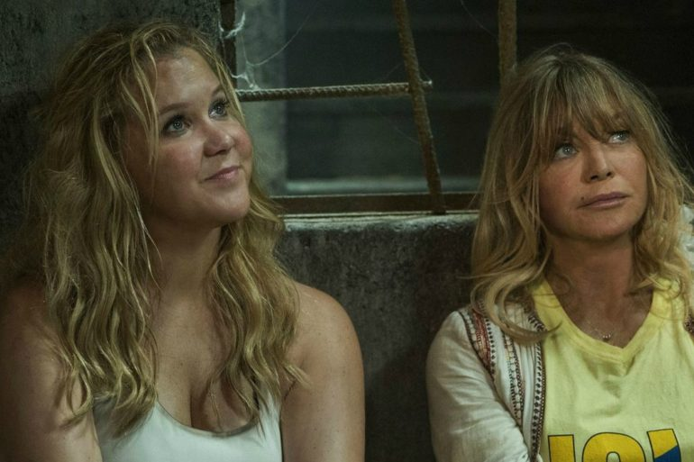 SNATCHED: Amy Schumer & Goldie Hawn Are Caught In An Unfunny Trainwreck