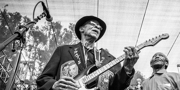 SIDEMEN: LONG ROAD TO GLORY: A History of the American Blues
