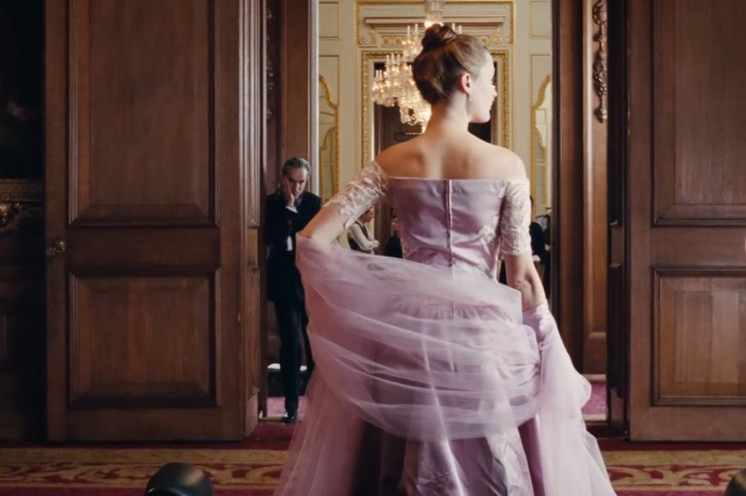 PHANTOM THREAD: Stylish, Sumptuous & Quietly Kinky