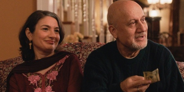 Kumail's parents in The Big Sick
